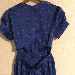 UO Keyhole back Dress